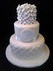 Fondant Hydrangea-Covered Traditional Wedding
