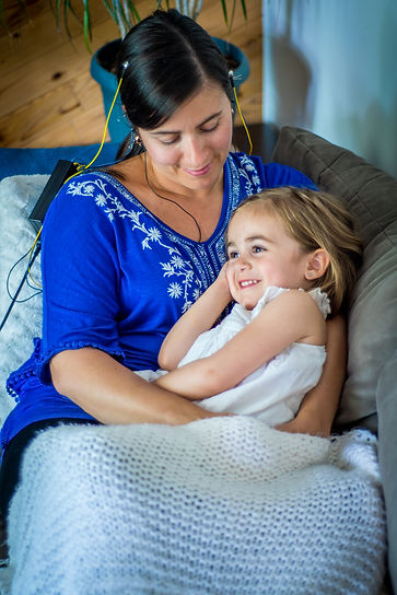 Mother and child using Neurofeedback