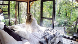 bedroom forest views