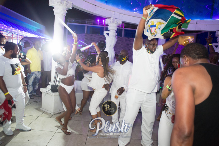 Soca_Passion-PLUSH 9266.JPG