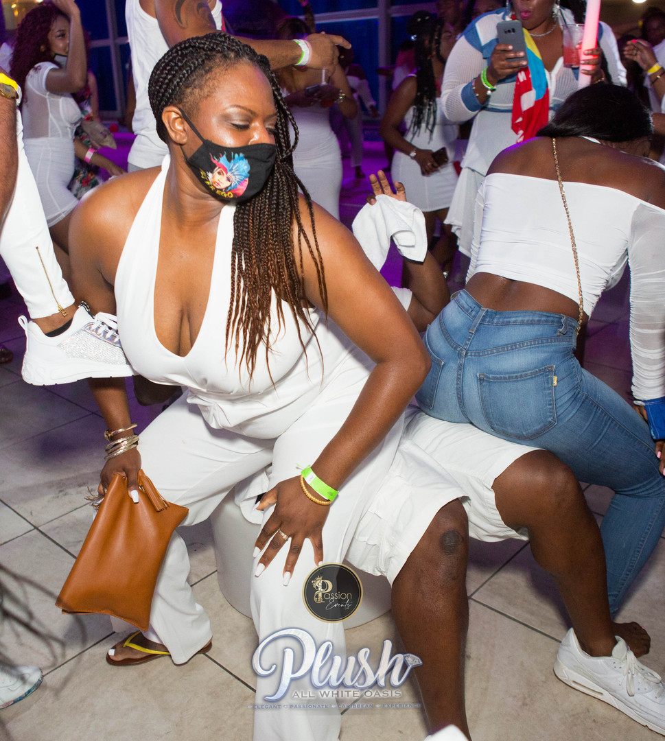 Soca_Passion-PLUSH 9251.JPG