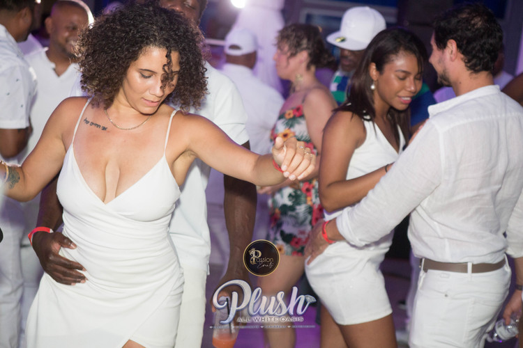 Soca_Passion-PLUSH 9201.JPG