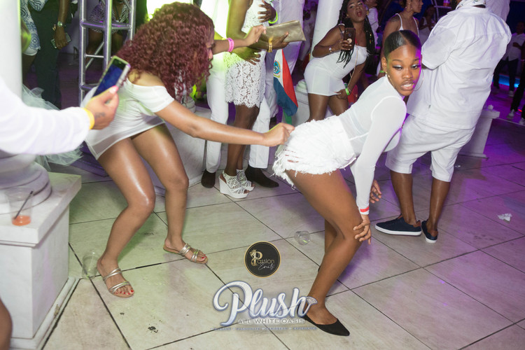 Soca_Passion-PLUSH 9198.JPG