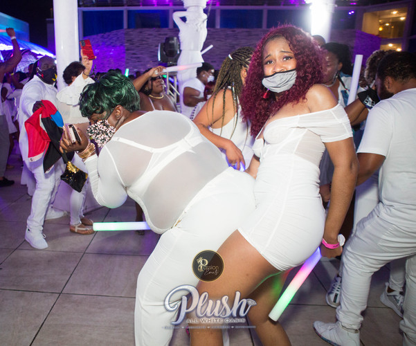 Soca_Passion-PLUSH 9270.JPG