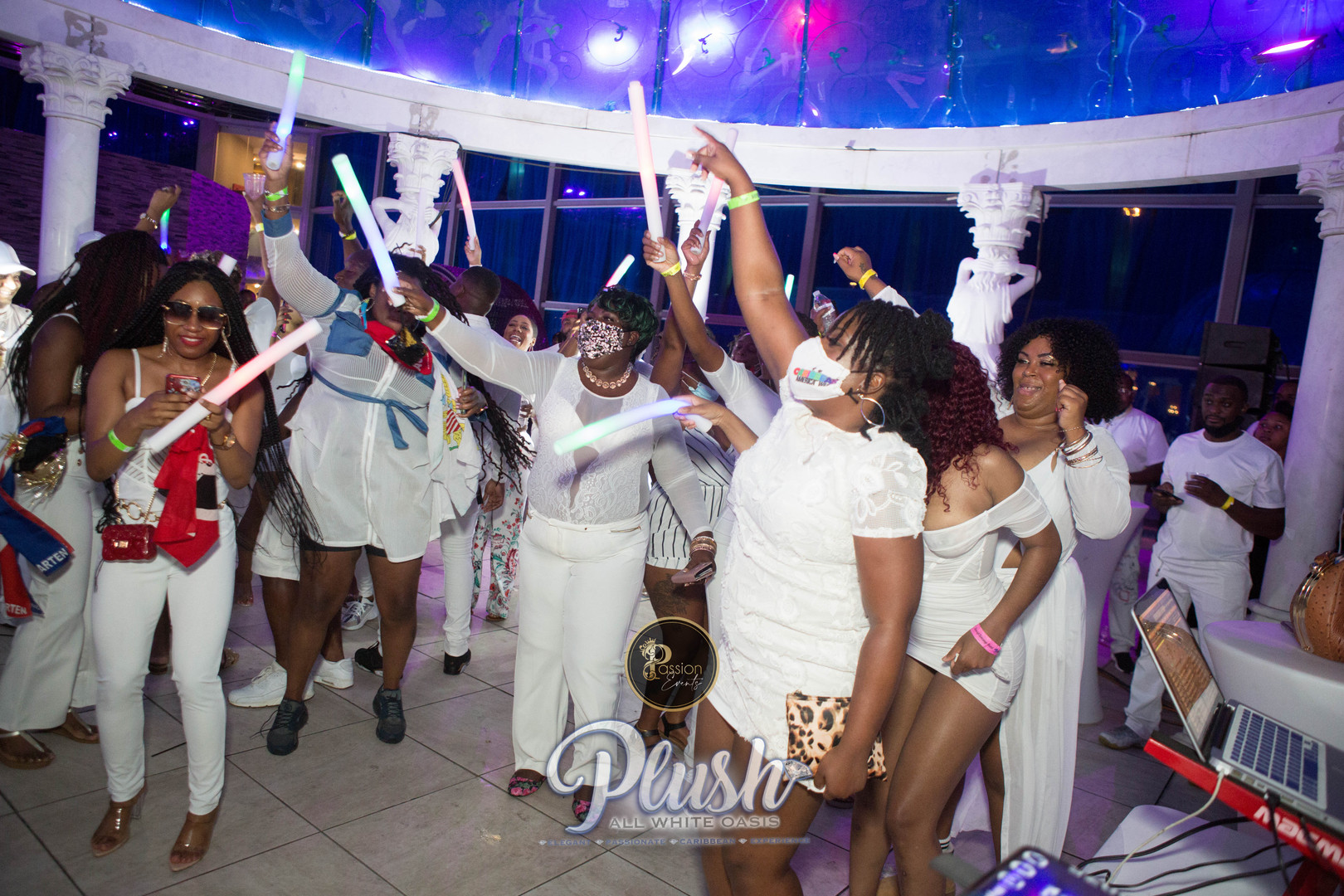 Soca_Passion-PLUSH 9267.JPG
