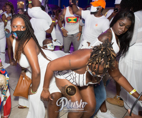 Soca_Passion-PLUSH 9252.JPG