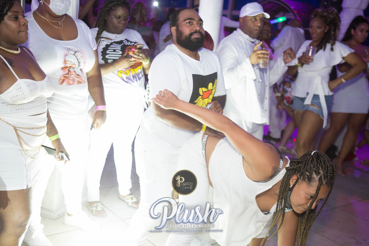 Soca_Passion-PLUSH 9262.JPG