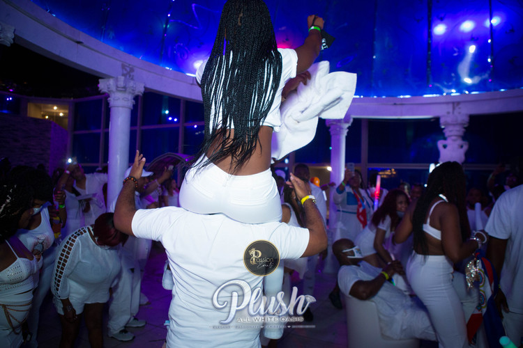 Soca_Passion-PLUSH 9247.JPG