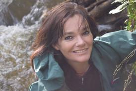 Julie Winge