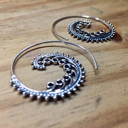 Boucle d'oreille spirale vague