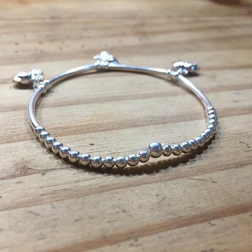 Bracelet petite perle lisse  pendent éléphant