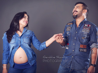 Pregnancy photography with Ritika & Gaurav