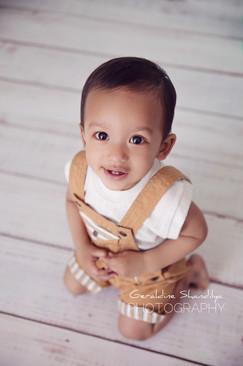 Toddler baby photoshoot in Rouen Normandie