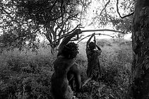 Bushmen hunting at Lake Eyasi