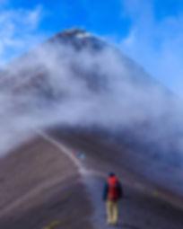 Volcano Hiking _Grson_avila.jpg