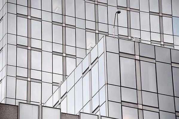 glassware-3285254_1920.jpg