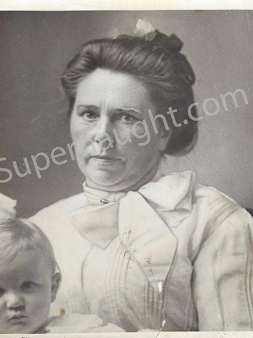 Belle Gunness Portrait