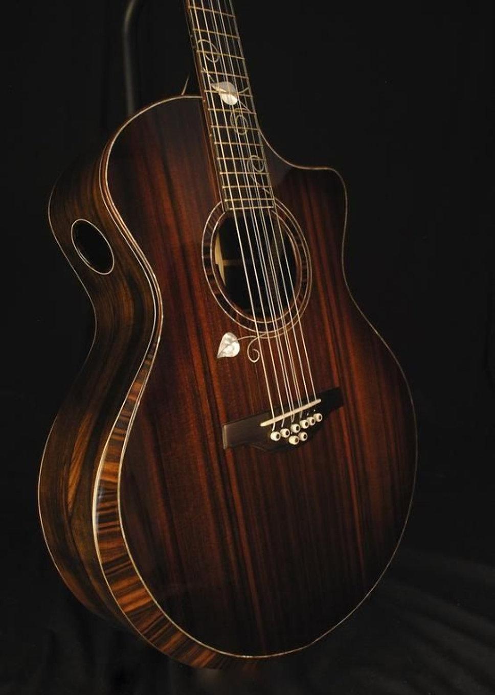 Guitars-019.jpg