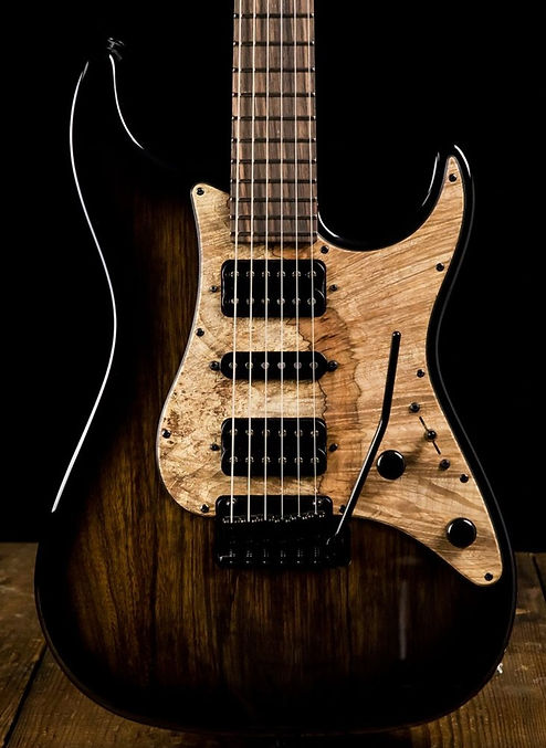 Guitars-08.jpg