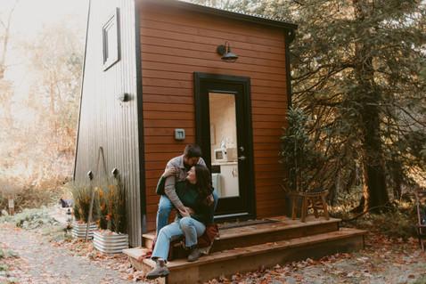 Little House Lover Session  |  Melissa & Justin