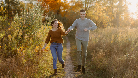 Engagement Session in London Ontario Meadow | Danica Oliva Photography