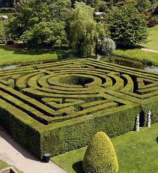 hever maze.jpg