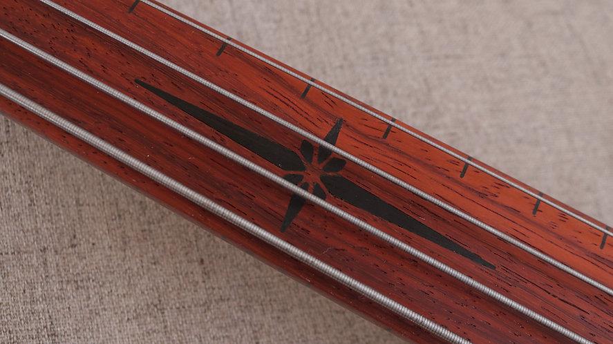 Summer Night Bass Guitar (Fretless- Padauk Fretboard)