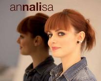 Annalisa Nali album 2011, disco di platino. Contiene GIORNO PER GIORNO (singolo) scritta da Roberto Casalino e Niccolò Verrienti