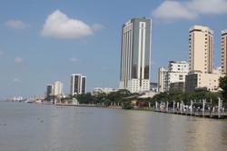 Guayaquil desde el Rio Guayas