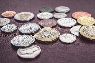 currency-pesos-exchange-tijuana-mexico.j