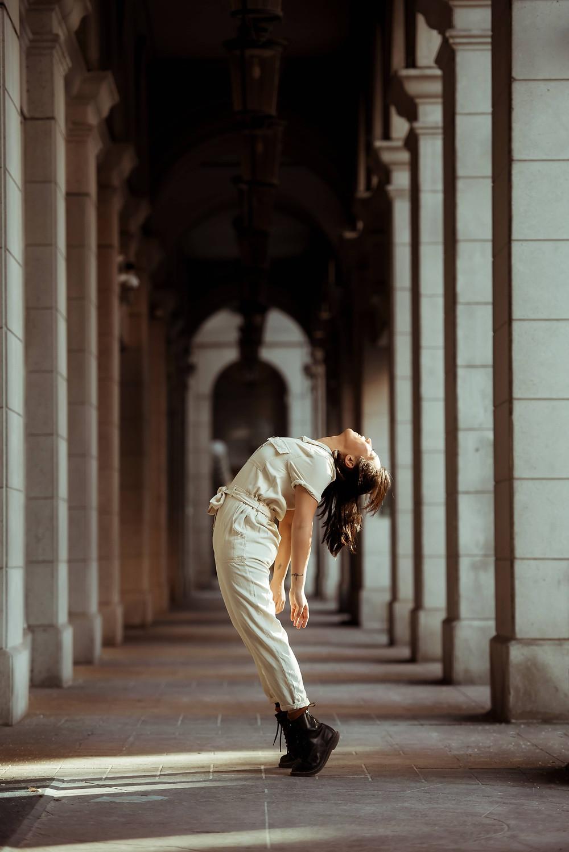 photo d'une femme qui danse