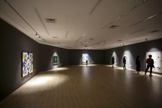 "Exhibition ""Distingduishable"""