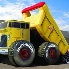 Heavy Haulin' Dump Truck