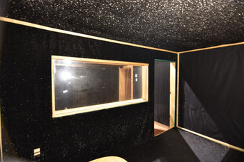 Studio 19 - Booth