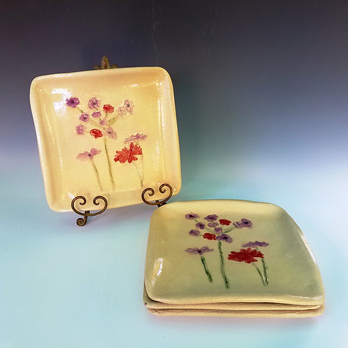 Plates, Set of 4