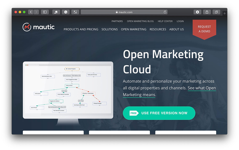 Mauticに無料で登録する画面(https://mautic.com)。ここからは英語になります。