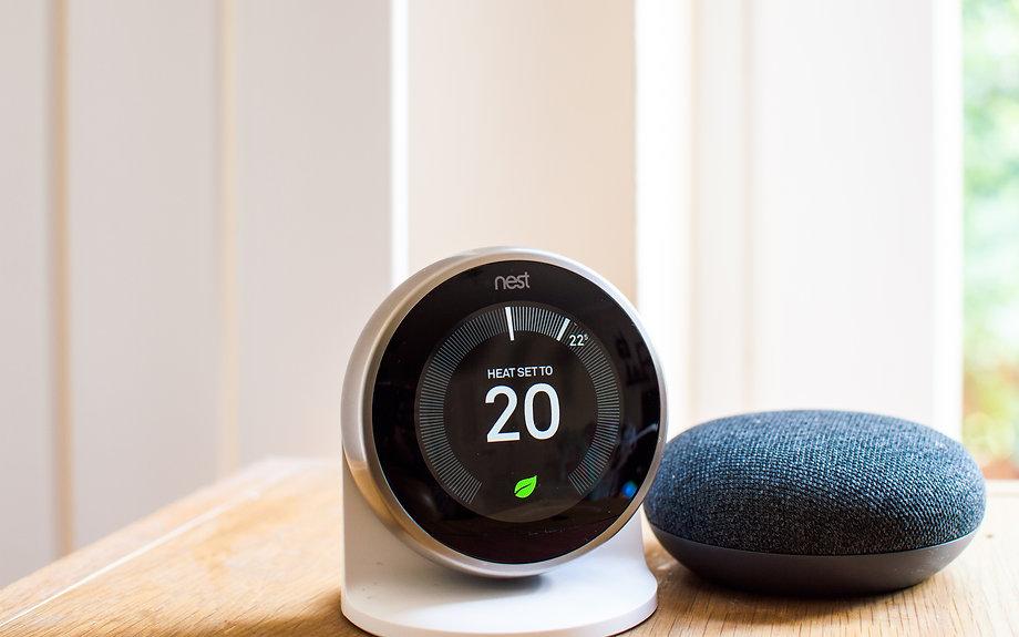 nest-smart-thermostat-and-google-home-mi