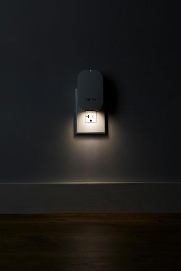 eero_lifestyle-beacon_light.jpg