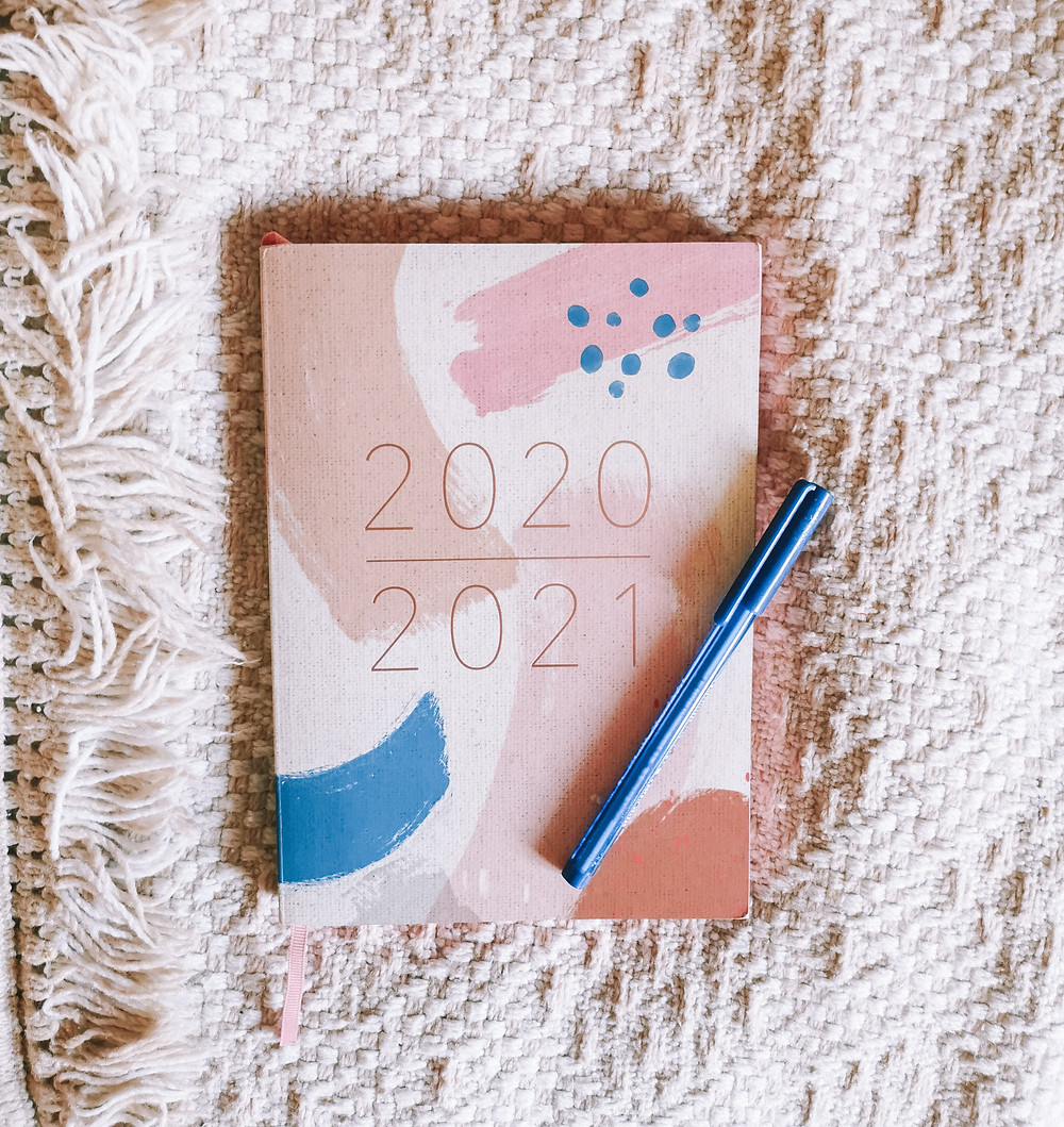 2020-2021 Diary and Pen