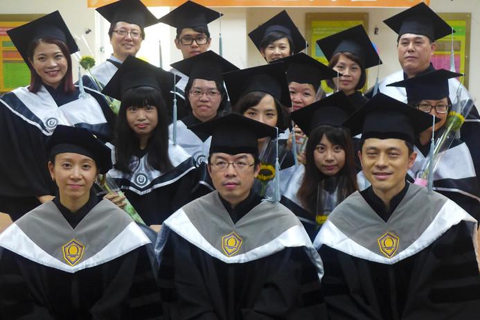 102學年度畢業生正冠儀式