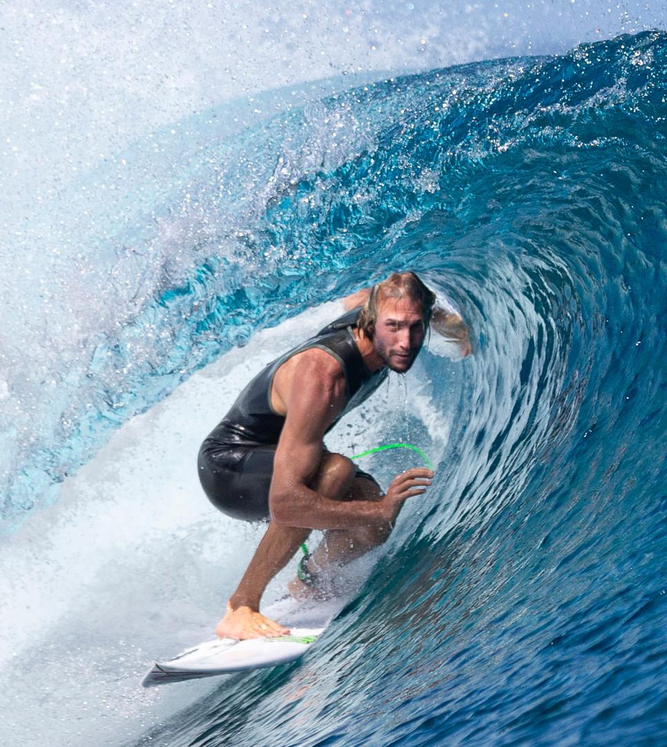 Owen Wright Teahupo'o Tahiti