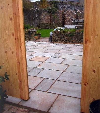 landscape scottish borders patio dry stane turfing paving garden services