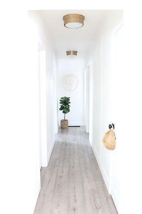 38-harlow-thistle-hallway-1.JPG