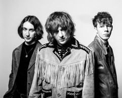THE HOWLERS APRIL 19 MONO-21.jpg