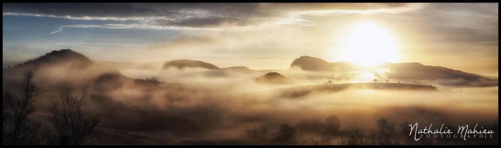 Brume au lever de soleil.jpg