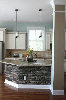 Kitchen Island - Stone Veneer