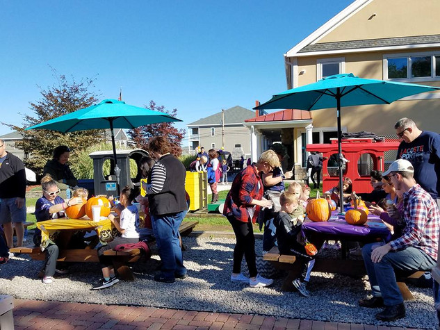 Pumpkin Painting At Summer Scoops