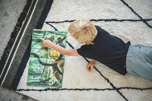שטיח מעוינים גדולים בשילוב שחור/ירוק