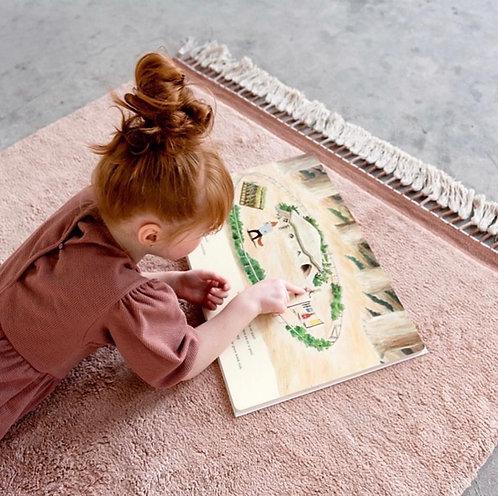 שטיח מלבני ורוד בהיר