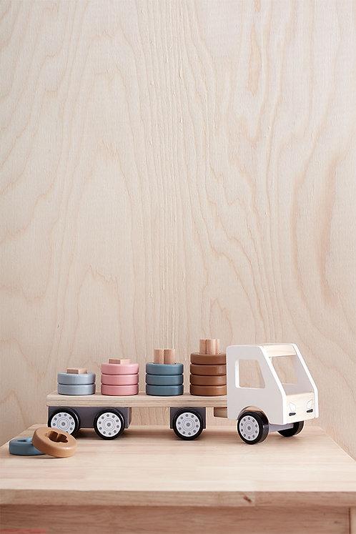 משאית מעץ עם השחלת טבעות
